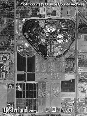 Thumbnail of Disneyland Aerial Photo, 1960