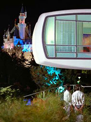 Link to another House of the Future article at Yesterland