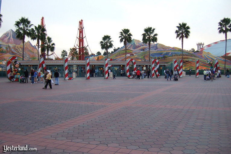 Entrance Letters at Disney's California Adventure