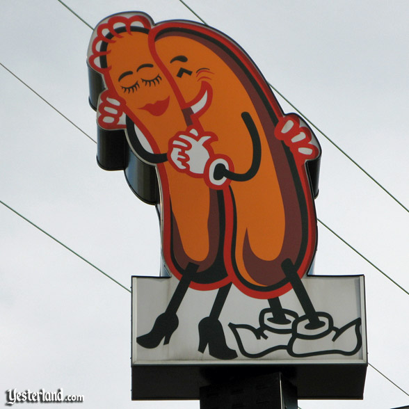 Cozy Dog Drive-in logo, Springfield, Illinois