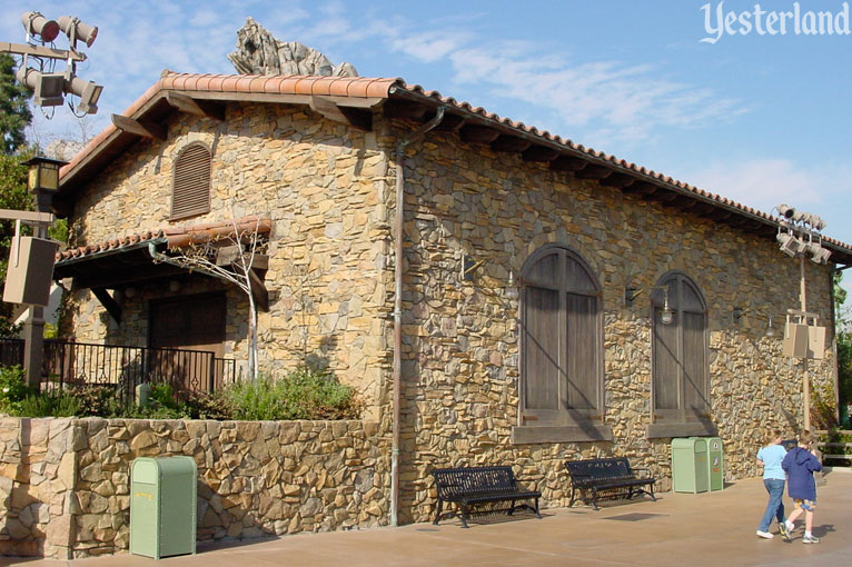 A rustic stone building at the Golden Vine Winery
