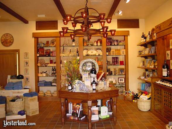 Wine Country Market interior (gift area)