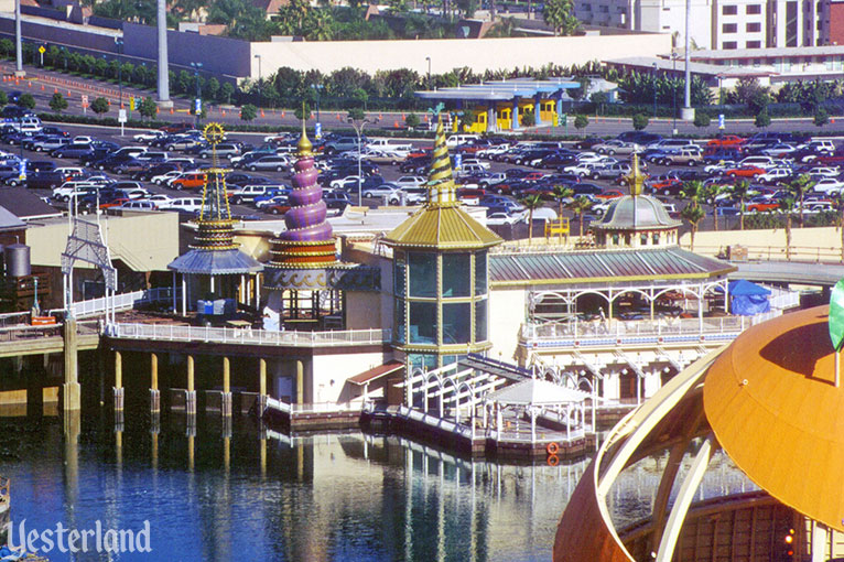 Avalon Cove construction at Disney's California Adventure, 2000