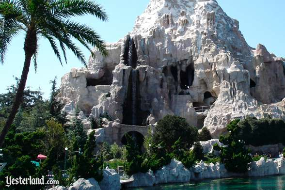 Matterhorn from the Submarine Lagoon, 2002
