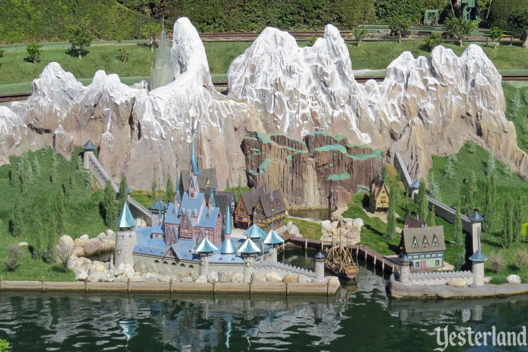 Arendelle at Storybook Land, Disneyland