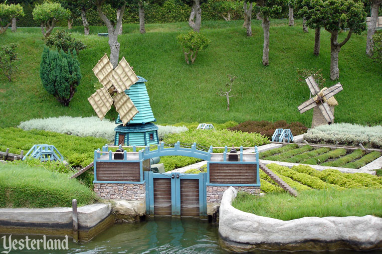 The Old Mill at Storybook Land, Disneyland