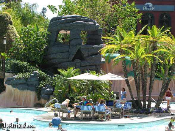 Photo of Skull Rock at the Disneyland Hotel