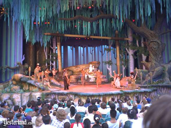 Photo of the Spirit of Pocahontas stage and audience
