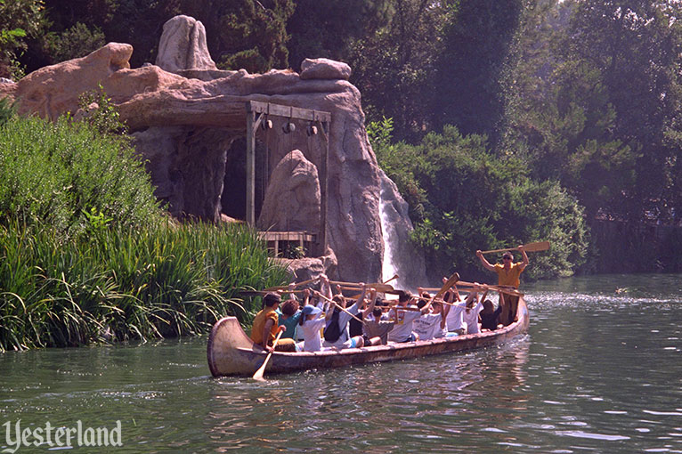 Davy Crockett's Explorer Canoes, Disneyland