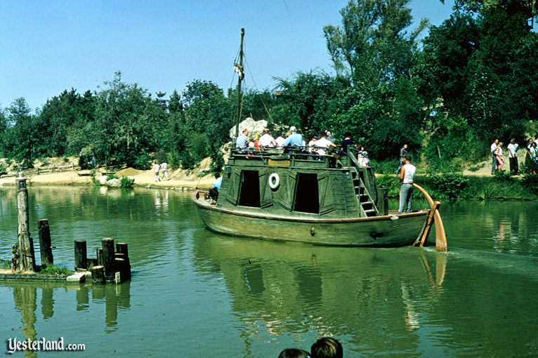 Mike Fink Keel Boats, Disneyland