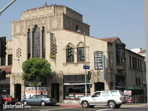 Chapman Park Market Building in Los Angeles