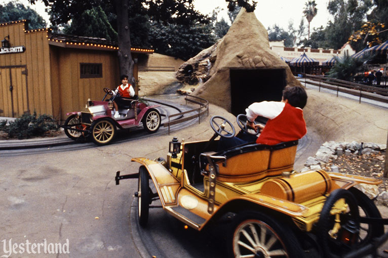 Tijuana Taxi at Knott's Berry Farm