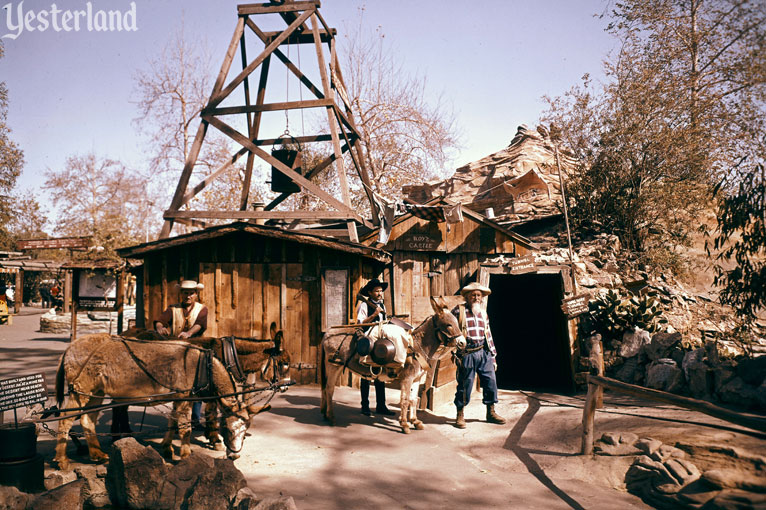 Pan For Gold at Knott's Berry Farm