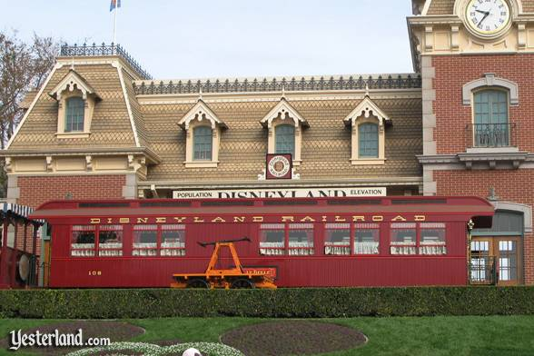 Lilly Belle parlor car on the Disneyland Railroad