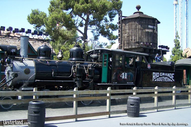 "Knott's Berry Farm, ""Old 41"" Steam Engine, 2006"