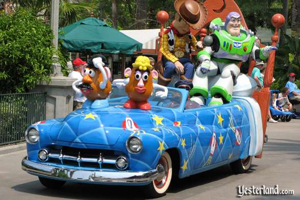 Toy Story car in Disney Stars and Motor Cars parade
