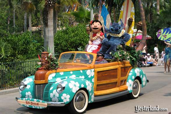 Lilo and Stich car in Disney Stars and Motor Cars parade