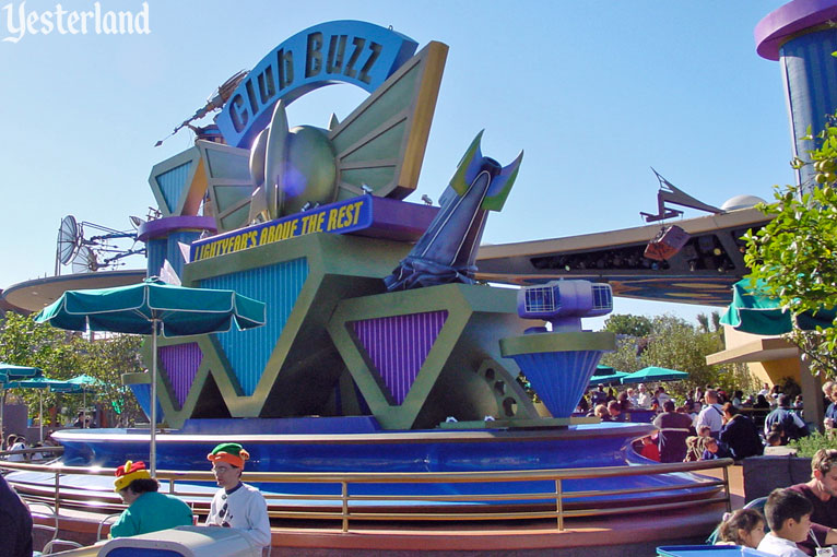 Club Buzz stage at Disneyland, 2001