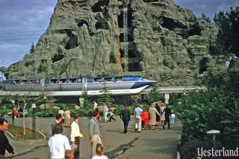 Disneyland Monorail